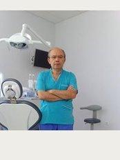 Centro Clinico Dental Telde - Calle Secretario Guedes Alemán, 9, Telde,
