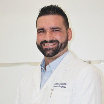 Dr Dario Castro