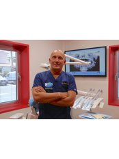 Dr Liviano  Folla - Principal Surgeon at Clínica Dental Tenerife Sur