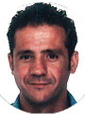 Dr Arturo Ortega Rodríguez - Dentist at Clinica Bajo Branch
