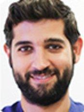 Dr Jorge Ángulo Sánchez - Dentist at Clinica Bajo