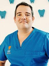 Clínica Dental Javier Amaro - C/Fernandez Herrero nº1, 38005 S/C DE TENERIFE, Tenerife,  0
