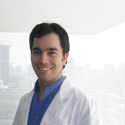 Dr Tomás Vera