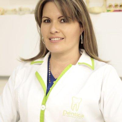 Dr Cristina Suaza