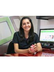 Juanita Pulido Bustamante -  at Dientesy Sonrisa - Ortodoncia Invisible Y Diseño de Sonrisa en bogota