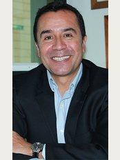 Dr. Carlos Ardila - Cra. 68D No. 25B - 86, Consultorio 236, Bogotá,