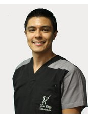 Dr Carlos  Ortiz - Dentist at Vitality Imagine Dental Clinic