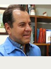 Clínica de Ortodoncia Dr. Javier Rudin A - Calle 2, Avenida 3, Heredia, 40101,