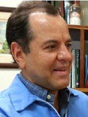 Clínica de Ortodoncia Dr. Javier Rudin A - Calle 2, Avenida 3, Heredia, 40101,  0