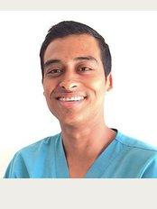 Ballestero Dental Care - Torre Medica Pacific Plaza Hospital Cima Guanacaste, Comunidad, Guanacaste, 5001,