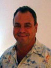 Richard Levy - Dentist at The Dental Plan Costa Rica