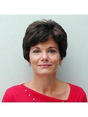 Dr Silvia Oreamuno -  at Clinica Baldor