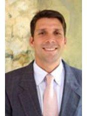 Dr Andrés Casafont -  at Colina Dental