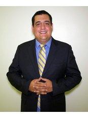Dr Esteban  Urzola - Doctor at Dental Solutions Group 24/7 CR