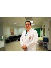 Dr Esteban Urzola - Dentist at Health & Body