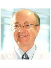 Dr Ricardo Kriebel - Dentist at Kriebel Dental