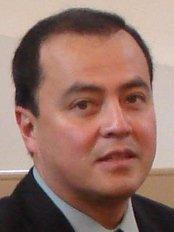 Dr Marcos Arley -  at Dent-Ofimall Especialidades Dentales