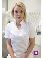 Dr Andrea  Burazin - Kurti - Dentist at B Dent