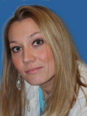 Dr Ida Teskeredzic - Dentist at Varga Dental Clinic