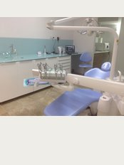 DENTAL CLINIC DR.MARIA PAPAGIANNI -KRYFTH - Δωριεων 4Α, ΣΤΡΟΒΟΛΟΣ, CYPRUS, 2023,
