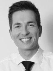Dr Adam Šíma - Dentist at Dentalni Klinika Jan Stuchlik