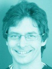 Dr Milan Mach -  at Neodent