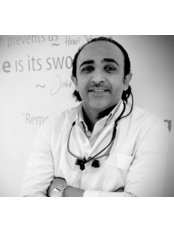 Mr Amr  Awad - Dentist at Smile Design Cosmetic Dental Center-Cairo