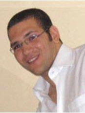 Dr Kareem Mahmoud - Doctor at Golf Dental Care