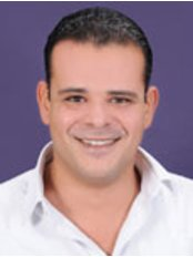 Dr Mahmoud Ezzat - Consultant at Golf Dental Care