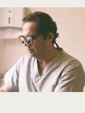 Rami Guiha Dental Clinic - Mohammed Mazhar, Zamalek, Giza,