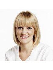 Dr Laura Aluoja - Dentist at Kliinik 32