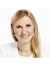 Dr Reet Pallase - Dentist at Kliinik 32
