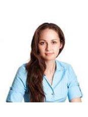 Dr Ksenia Ovtšinikova - Dentist at Lasnamäe Hamba kliinik