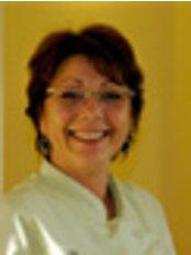 Ms Nelly - Secretary at Cabinet de chirurgie dentaire du Dr. Ludovic Bruneau