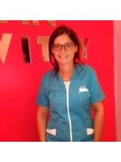Deborah Guigui - Dentist at Dental Vitry Selarl