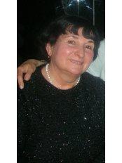 Dr Londa Eliashvili - Dentist at Royal Dent