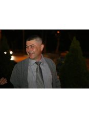 Dr Giorgi Gviniashvili - Oral Surgeon at Royal Dent