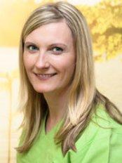 Dr Tina Seltmann - Dentist at Aesthetica clinic