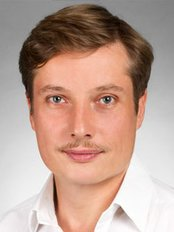 Dr Guido Sterzenbach -  at Dental Centre Pankow