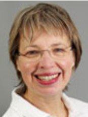 Dr Susanne Christiansen-Koch -  at Kieferorthopädische Praxis in Berlin-Dahlem: Dr. Manfred Pohl