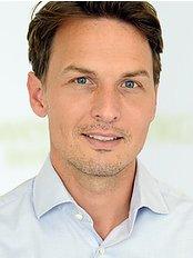 Dr Thomas Franke - Doctor at MKG Fachwerk Berlin