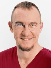 Dr Andreas Strauss -  at Praxis für Zahnmedizin