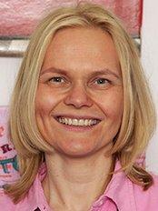 Zahnarztpraxis Dr. Viola Fischer - Schlegelstraße 9, Berlin-Mitte, 10115,  0