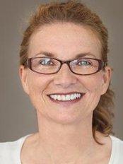 Dr. med. dent. Anja Hohendahl - Kurt-Schumacher-Platz 11 D, Bochum, 44787,  0