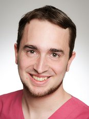 Dustin Schulte - Dentist at Dr. Rainer Miazgowsk