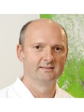 Dr Stefan Anastase - Dentist at Gemeinschaftspraxis Dr. Anastase