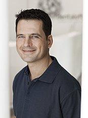 Dr Dirk Kujat - Dentist at Dentaloft - Nordend