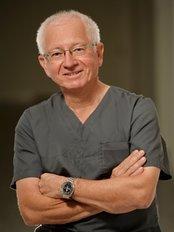 Dr Kurt Mayer - Dentist at Dr. Olga Kaiser, Dr. Kurt Mayer und Kollegen
