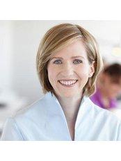 Uta Gönner - Dentist at Dr. Uta Gönner & Dr. Volkan Gönner-Özkan