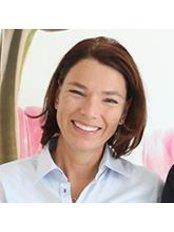 Dr Stefanie Walter - Dentist at Zahnarzt-Praxis Erzhausen